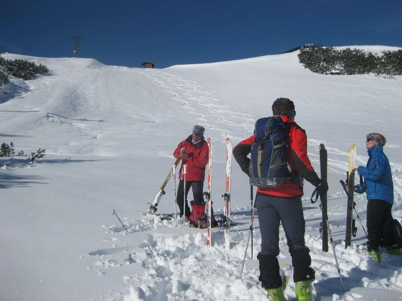 Foto: Wolfgang Lauschensky / Ski Tour / Hakopf über Schlaningsattel / 'Ostabfahrt' / 08.11.2009 20:51:11