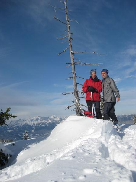 Foto: Wolfgang Lauschensky / Ski Tour / Vorderes Labeneck  / 'Gipfelkreuz' / 10.11.2009 01:37:56