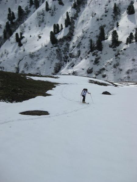 Foto: Wolfgang Lauschensky / Skitour / Kleiner Gilfert von Hochfügen / beim Pfundsalmmittelleger / 10.11.2009 15:20:50