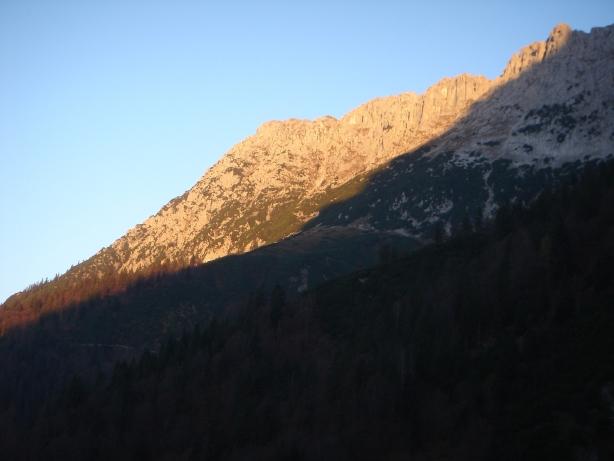 Foto: Manfred Karl / Kletter Tour / Kraxngrat / Sonnenaufgang am Scheffauer / 17.11.2009 20:11:45
