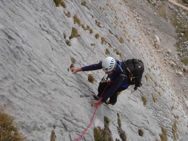 Foto: Manfred Karl / Kletter Tour / Seekofel Südwand, Via Classica / Tolle Henkelplatten im unteren Teil / 27.11.2009 21:55:39