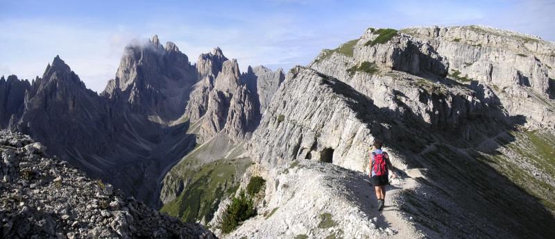 Foto: Wolfgang Lauschensky / Klettersteig Tour / Via ferrata Merlone auf die Cadinspitze NE / Einstieg in den Sentiero Bonacossa / 02.12.2009 19:29:01