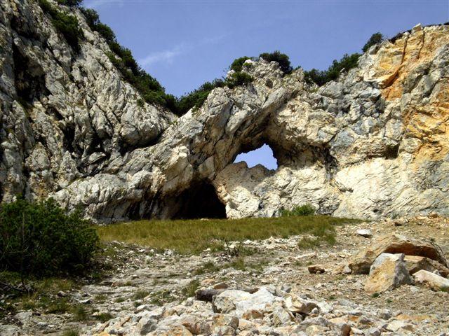 Foto: Berghase / Wander Tour / Rund um die Tieflingmauer / am Fuß der Tieflingmauer / 03.12.2009 17:37:16