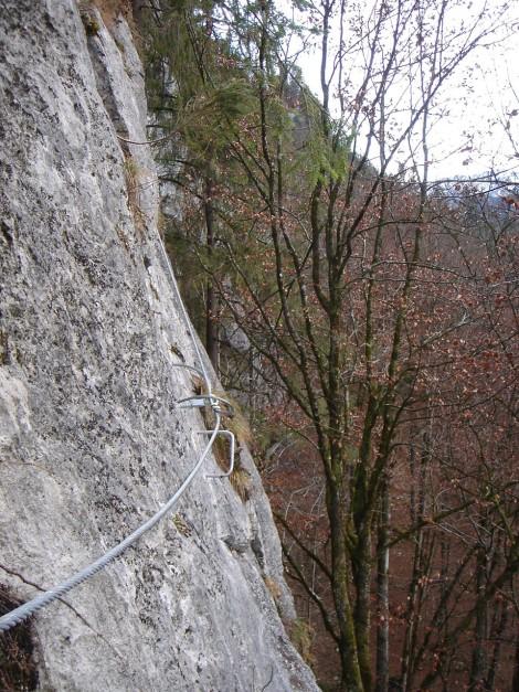 Foto: Manfred Karl / Klettersteig Tour / Klettersteig Weiße Gams / Quergang im unteren Teil / 05.12.2009 17:19:14