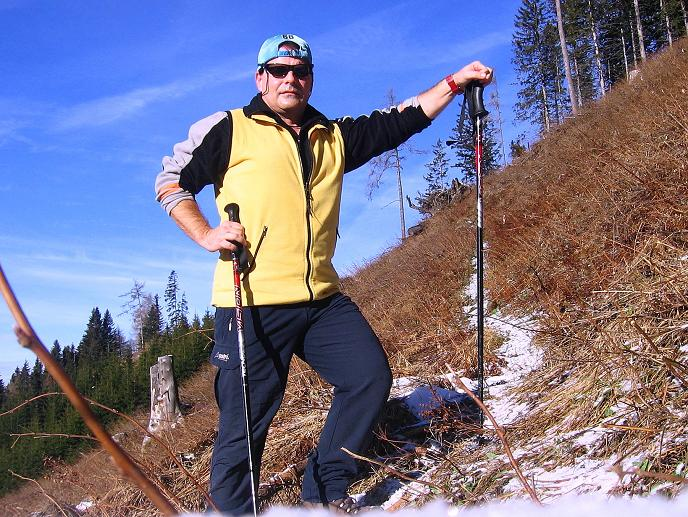 Foto: Andreas Koller / Wander Tour / Aus der Zidritz auf die Kahlwandspitze (2090 m) / 06.12.2009 23:04:11