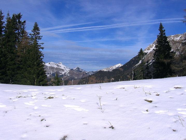 Foto: Andreas Koller / Wander Tour / Aus der Zidritz auf die Kahlwandspitze (2090 m) / 06.12.2009 23:02:02