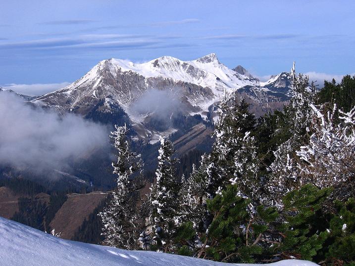 Foto: Andreas Koller / Wander Tour / Aus der Zidritz auf die Kahlwandspitze (2090 m) / 06.12.2009 22:58:30
