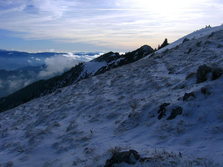 Foto: Andreas Koller / Wander Tour / Aus der Zidritz auf die Kahlwandspitze (2090 m) / 06.12.2009 22:57:53