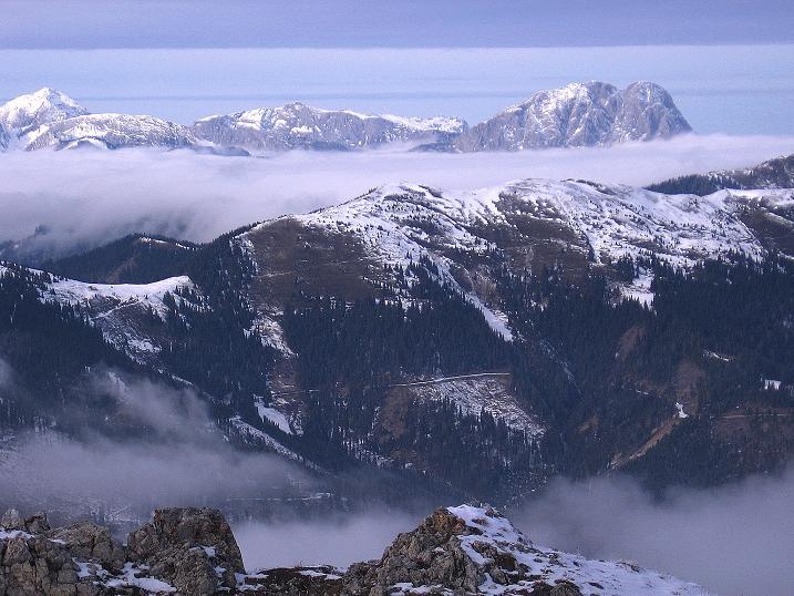 Foto: Andreas Koller / Wander Tour / Aus der Zidritz auf die Kahlwandspitze (2090 m) / Blick in die Gesäuseberge / 06.12.2009 22:57:39
