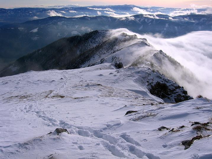 Foto: Andreas Koller / Wander Tour / Aus der Zidritz auf die Kahlwandspitze (2090 m) / Der Aufstiegsgrat / 06.12.2009 22:55:38