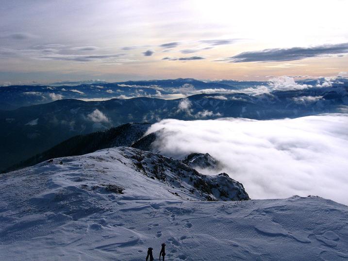 Foto: Andreas Koller / Wander Tour / Aus der Zidritz auf die Kahlwandspitze (2090 m) / 06.12.2009 22:54:01