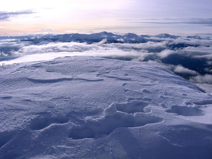 Foto: Andreas Koller / Wander Tour / Aus der Zidritz auf die Kahlwandspitze (2090 m) / 06.12.2009 22:53:21