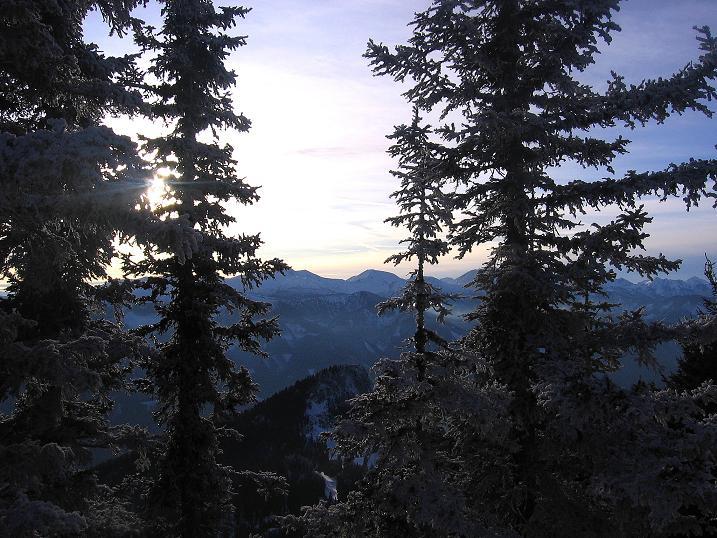 Foto: Andreas Koller / Wander Tour / Aus der Zidritz auf die Kahlwandspitze (2090 m) / 06.12.2009 22:52:41