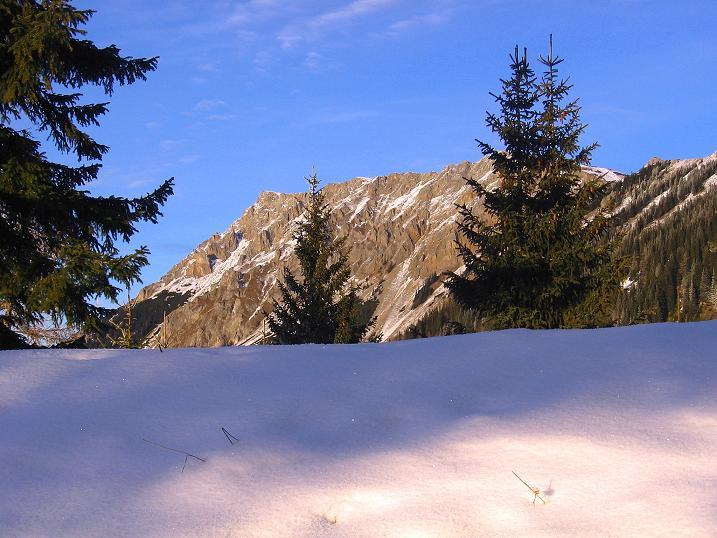 Foto: Andreas Koller / Wander Tour / Aus der Zidritz auf die Kahlwandspitze (2090 m) / 06.12.2009 22:51:58