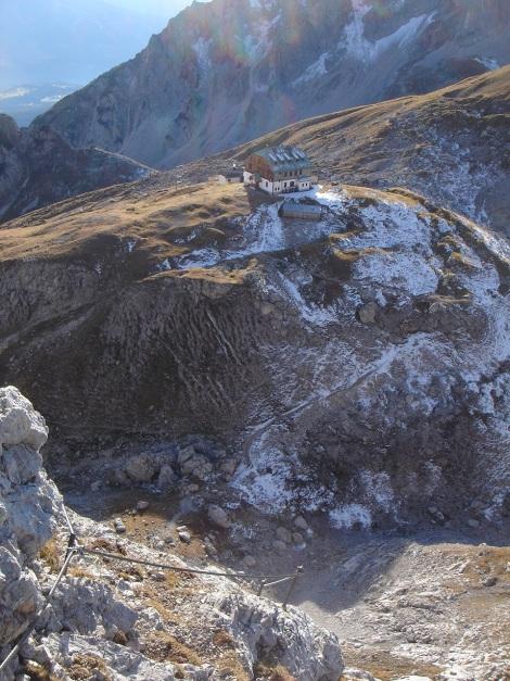 Foto: Manfred Karl / Klettersteig Tour / Klettersteig Sinabell / Guttenberghaus vom Ausstieg des Sinabell Klettersteiges / 08.12.2009 19:15:03
