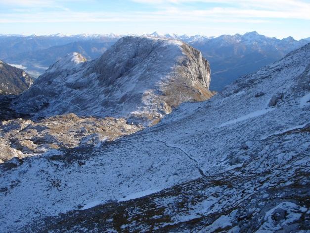 Foto: Manfred Karl / Klettersteig Tour / Klettersteig Sinabell / Blick zum Sinabell vom Eselstein Normalweg / 08.12.2009 19:09:42