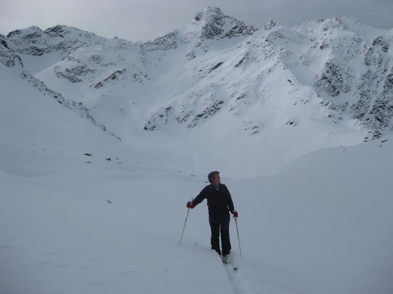 Foto: Wolfgang Lauschensky / Ski Tour / Finstertaler Schartenkopf 2856m / Sulzkogel über Schafleger / 10.12.2009 21:02:09