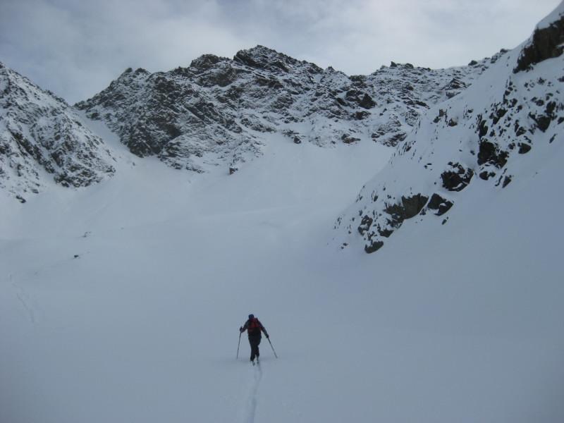 Foto: Wolfgang Lauschensky / Ski Tour / Finstertaler Schartenkopf 2856m / Einstieg ins Hochkar / 10.12.2009 21:01:51