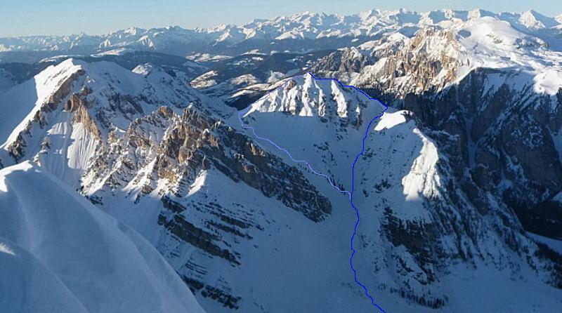 Foto: Wolfgang Lauschensky / Ski Tour / Äußere Eisengabelspitze = Dont de Furcia dai Fers de Fora 2534m / Anstieg auf die Äußere Eisengabelspitze von der Pareispitze aus gesehen / 11.12.2009 20:58:00