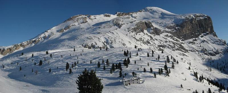 Foto: Wolfgang Lauschensky / Ski Tour / Pareispitze oder Col Bechei Dessora 2794m / Pareispitze vom Südende des Limojochs / 12.12.2009 12:01:35
