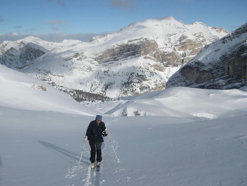 Foto: Wolfgang Lauschensky / Ski Tour / Pareispitze oder Col Bechei Dessora 2794m / Col Bechei aus dem Vallon bianco / 12.12.2009 12:01:17