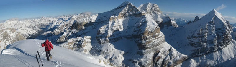 Foto: Wolfgang Lauschensky / Ski Tour / Monte Casale 2707m (oder Bivaccio di Monte Castello) / Casalegipfel mit Tofaneblick / 12.12.2009 14:50:46
