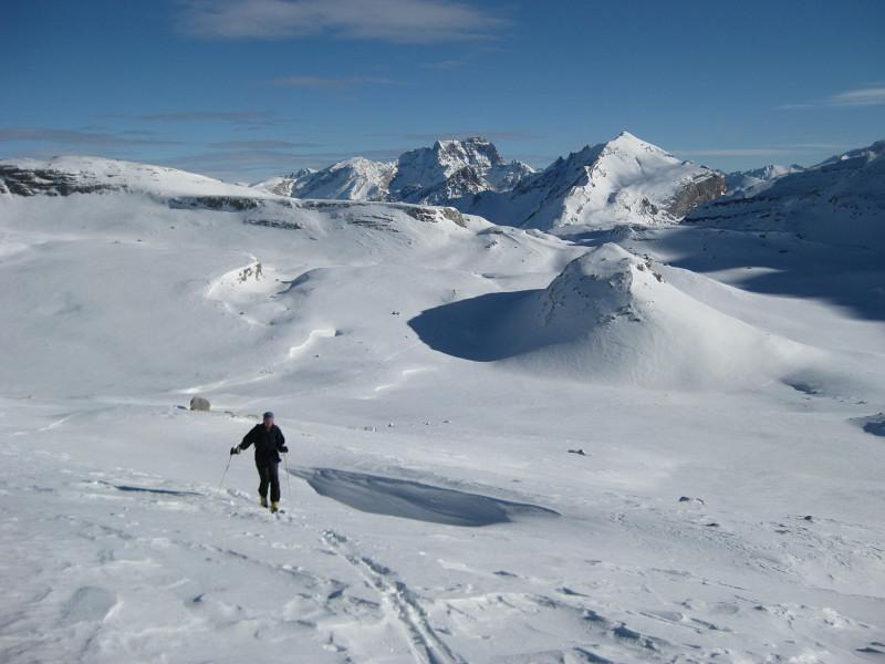 Foto: Wolfgang Lauschensky / Ski Tour / Heiligkreuzkofel 2907m (Piz dal Ciaval) / Kleinfaneshochfläche vor Pareispitze / 12.12.2009 15:45:48
