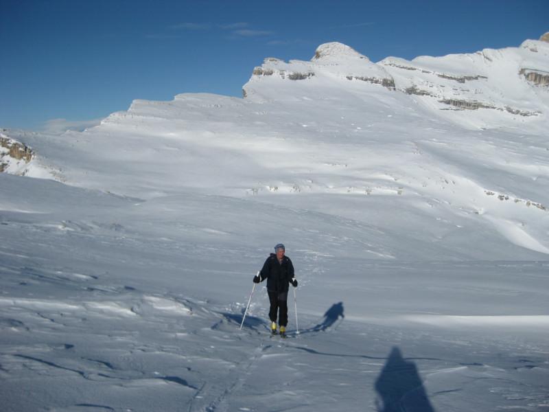 Foto: Wolfgang Lauschensky / Ski Tour / Heiligkreuzkofel 2907m (Piz dal Ciaval) / Heiligkreuzkofel mit Scharte ganz links / 12.12.2009 15:45:21