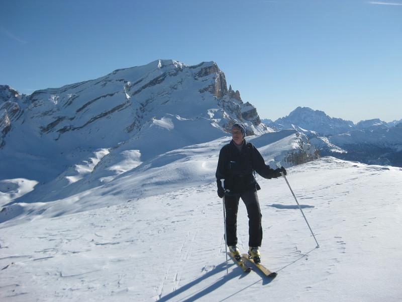 Foto: Wolfgang Lauschensky / Ski Tour / Heiligkreuzkofel 2907m (Piz dal Ciaval) / Lavarella über dem Piz de Medesc / 12.12.2009 15:44:45