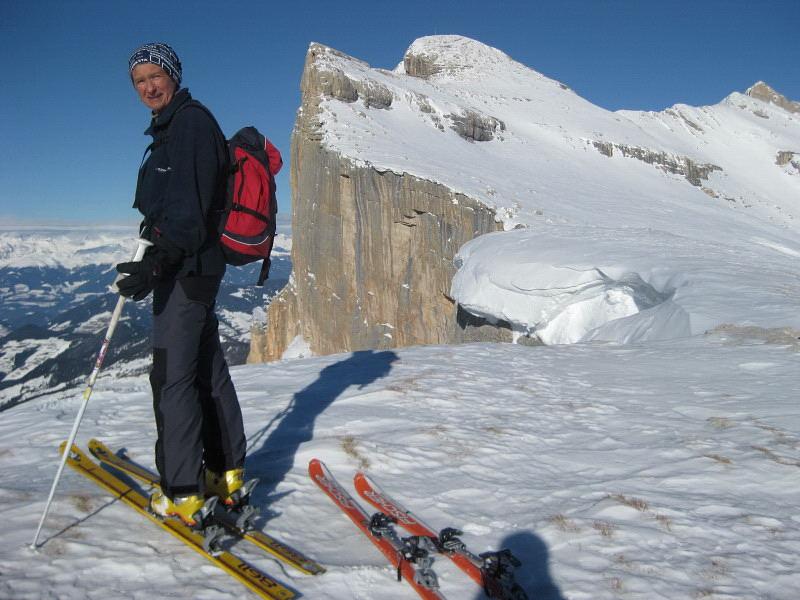 Foto: Wolfgang Lauschensky / Ski Tour / Heiligkreuzkofel 2907m (Piz dal Ciaval) / an den Westabstürzen des Heiligkreuzkofels ins Gadertal / 12.12.2009 15:44:23
