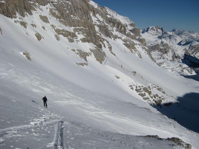 Foto: Wolfgang Lauschensky / Ski Tour / Lavarella 3055m (La Varella) / Hochtal Busc da Stlü / 12.12.2009 16:52:42