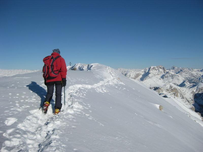 Foto: Wolfgang Lauschensky / Ski Tour / Lavarella 3055m (La Varella) / flacher Gipfelgrat / 12.12.2009 16:51:34