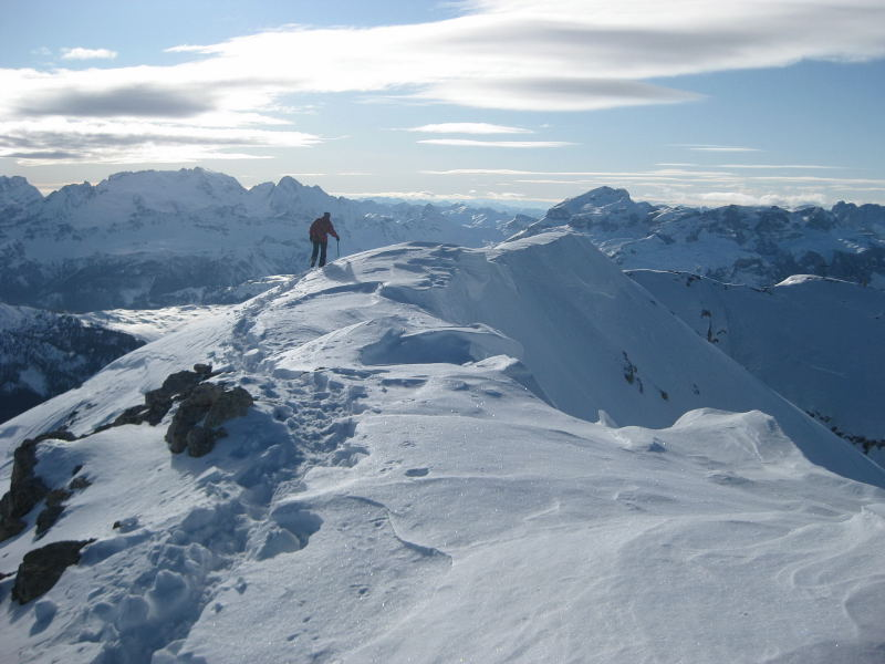 Foto: Wolfgang Lauschensky / Ski Tour / Lavarella 3055m (La Varella) / Marmolada und Piz Boe (Sella) / 12.12.2009 16:50:37