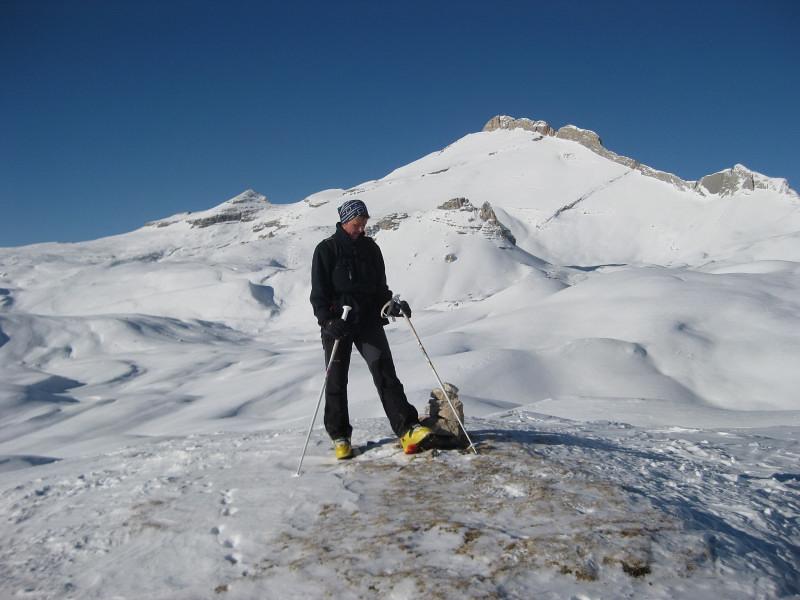 Foto: Wolfgang Lauschensky / Ski Tour / Zehnerspitze 3026m, (Sasso delle Dieci) / Fanesschloß und Zehner von der Schildkröte aus / 12.12.2009 18:47:32