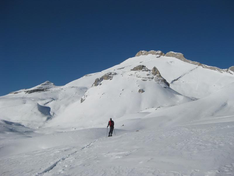Foto: Wolfgang Lauschensky / Ski Tour / Zehnerspitze 3026m, (Sasso delle Dieci) / vor dem Ciastel de Fanes / 12.12.2009 18:47:18