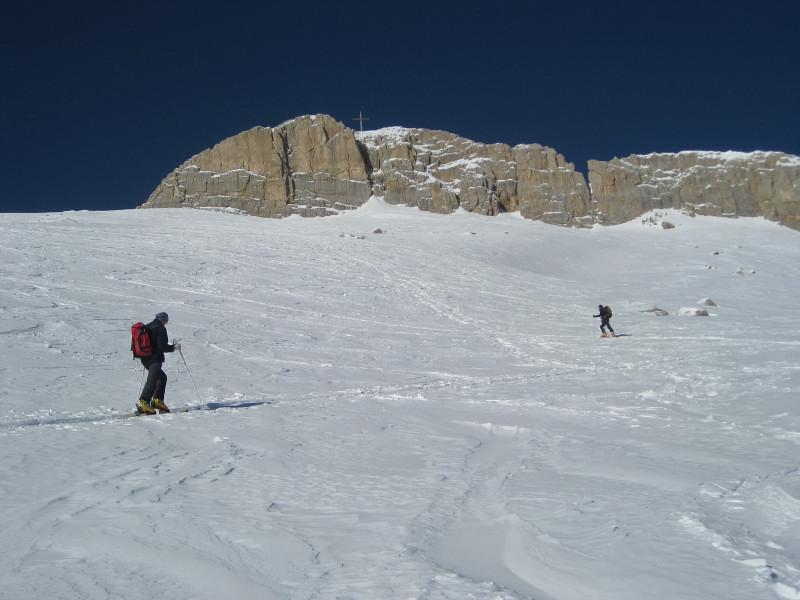 Foto: Wolfgang Lauschensky / Ski Tour / Zehnerspitze 3026m, (Sasso delle Dieci) / breiter steiler Gipfelhang / 12.12.2009 18:46:38