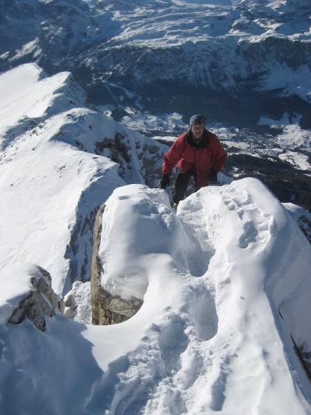Foto: Wolfgang Lauschensky / Ski Tour / Zehnerspitze 3026m, (Sasso delle Dieci) / Blick ins Gadertal / 12.12.2009 18:45:32