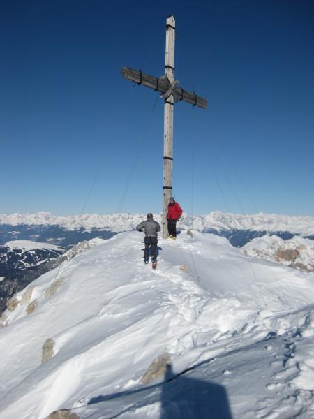 Foto: Wolfgang Lauschensky / Ski Tour / Zehnerspitze 3026m, (Sasso delle Dieci) / Zehnerspitze vor Alpenhauptkamm / 12.12.2009 18:45:15