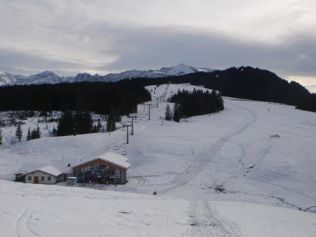 Foto: Manfred Karl / Ski Tour / Von der Winklmoosalm zur Steinplatte / Rückblick zur Steinplatte / 13.12.2009 17:33:14