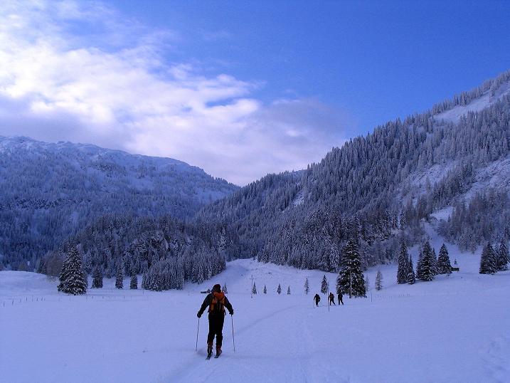 Foto: Andreas Koller / Ski Tour / Direkter Anstieg auf den Hengst (2076 m) / 15.12.2009 21:10:07