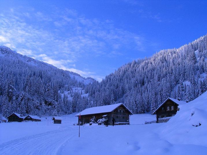 Foto: Andreas Koller / Ski Tour / Direkter Anstieg auf den Hengst (2076 m) / 15.12.2009 21:09:09