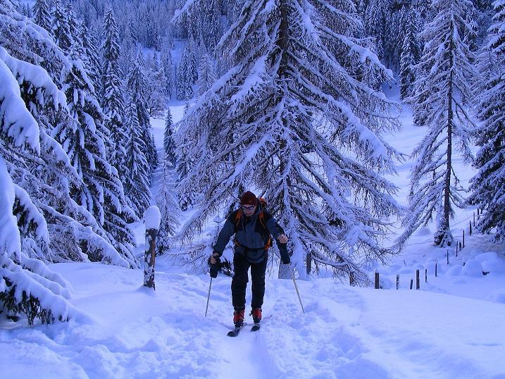 Foto: Andreas Koller / Ski Tour / Direkter Anstieg auf den Hengst (2076 m) / 15.12.2009 21:08:51