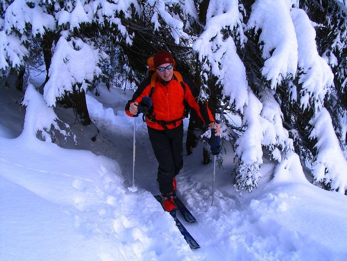 Foto: Andreas Koller / Ski Tour / Direkter Anstieg auf den Hengst (2076 m) / 15.12.2009 21:08:35