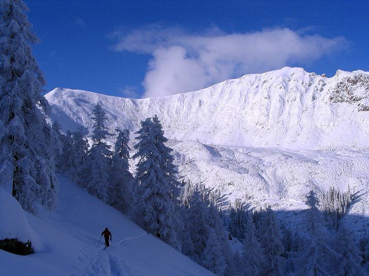 Foto: Andreas Koller / Ski Tour / Direkter Anstieg auf den Hengst (2076 m) / 15.12.2009 21:06:06