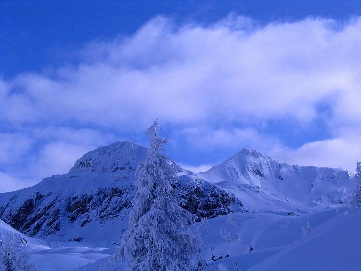 Foto: Andreas Koller / Ski Tour / Direkter Anstieg auf den Hengst (2076 m) / Großwandspitzen / 15.12.2009 21:05:11