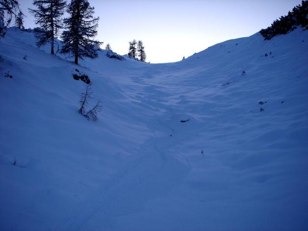 Foto: Manfred Karl / Ski Tour / Von Zauchensee auf das Tagweideck / Abfahrt unterhalb vom Hirschköpfl / 17.12.2009 20:21:21