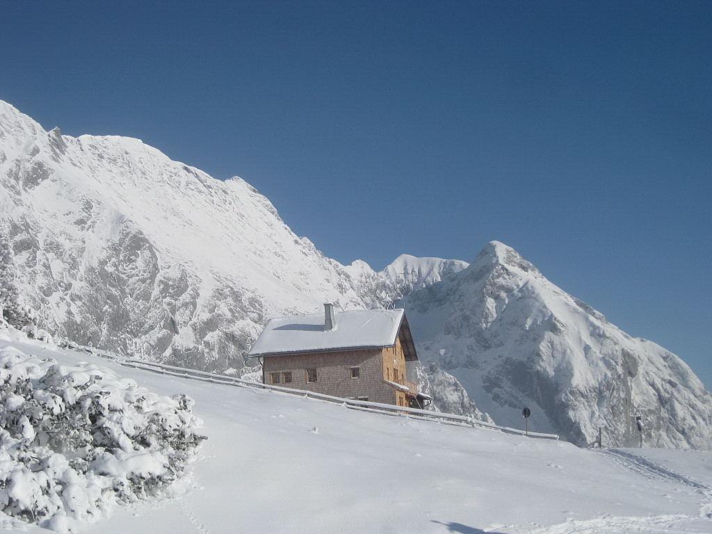 Foto: Wolfgang Lauschensky / Ski Tour / Pfaffenkegel 1837m, Torrenerjoch / Carl von Stahlhaus / 16.12.2009 18:47:57
