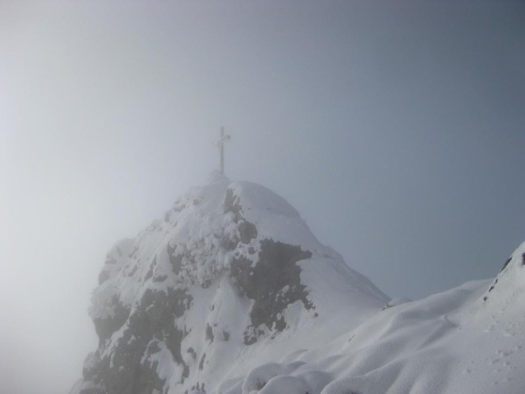 Foto: Wolfgang Lauschensky / Ski Tour / Pfaffenkegel 1837m, Torrenerjoch / der Sattel nördlich des Gipfelfelsen / 16.12.2009 18:47:27