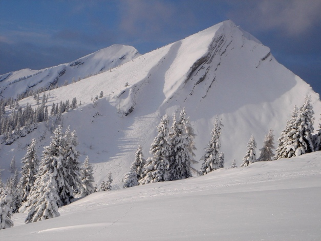 Foto: Manfred Karl / Ski Tour / Hirscheck aus dem Heutal / Hirscheck mit Südostrinne / 17.12.2009 20:50:00