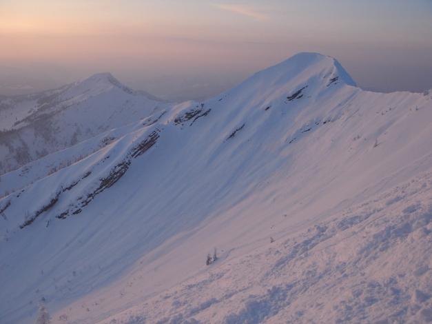 Foto: Manfred Karl / Ski Tour / Hirscheck aus dem Heutal / Schwarzlahnerkopf - ebenfalls ein schöner Schiberg / 17.12.2009 20:47:04